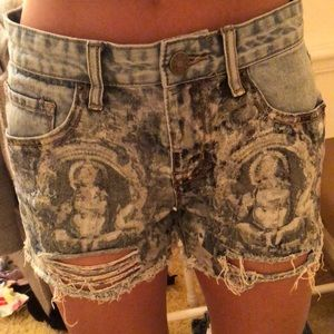 BDG jean shorts detailed